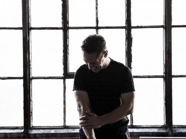 Free Download –  Jon Rundell High Road