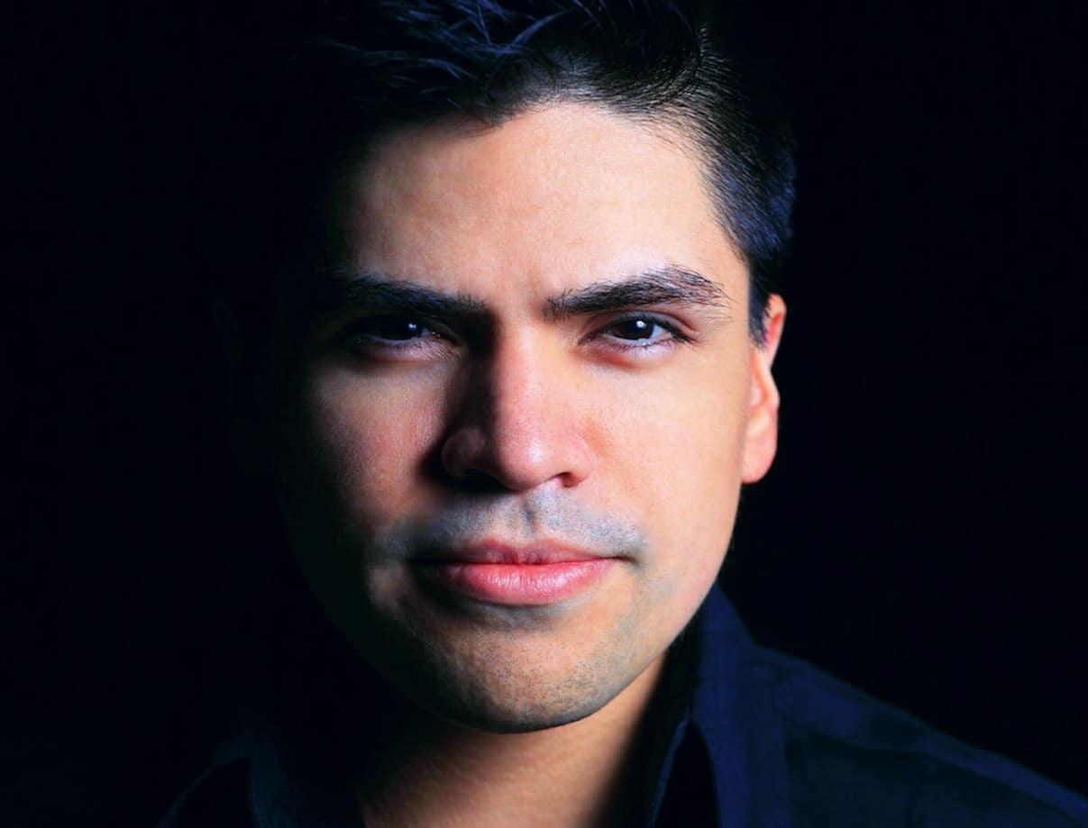 Arturo Hevia decoded magazine 2