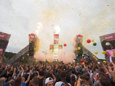 Watch the best Techno sets from Awakenings Festival