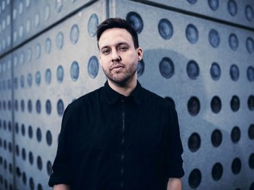 Following on from Techno Titans, Solomun and Tale Of Us; Renaissance now invite Maceo Plex for the next instalment of their ReMix Collection Series