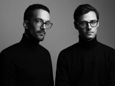 "VIDEO PREMIERE: Synth-composer duo Felsmann + Tiley share video for ""October"""