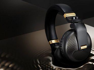Pioneer release the HDJ-X10C – Premium limited edition carbon fibre version of their flagship DJ headphones