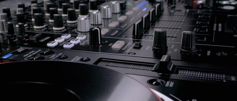 Dubset brings DJ mixes, remixes, and mixtapes to the
