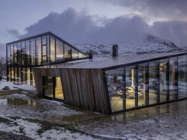 Escape the day to day stress of life in this Norwegian geometric cabin retreat