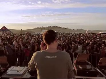 Partying on Tattooine with 6000 fellow ravers at Les Dunes Electroniques