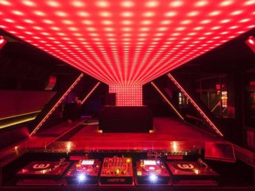 Berlin's Watergate is hosting club nights again, but this time it's virtually